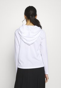 ONLY PLAY Petite - ONPADELLA HOOD TEE - Jersey con capucha - white - 2