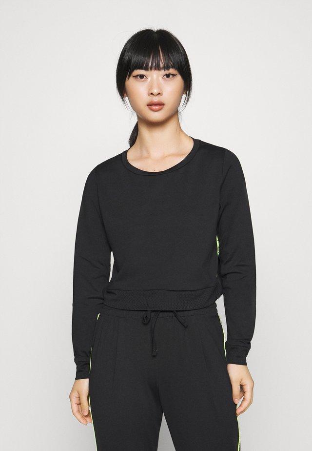 ONPADOR SHORT PETITE - Pitkähihainen paita - black