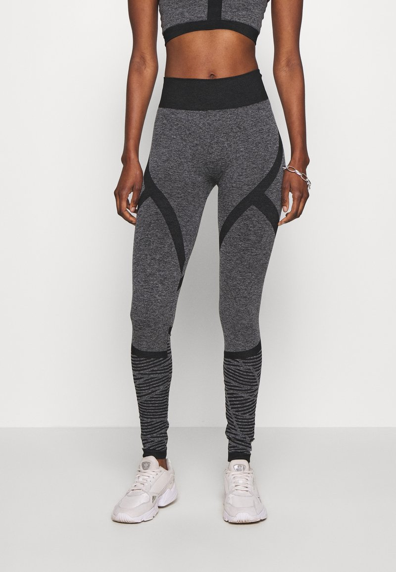 ONLY PLAY Tall - ONPMASHA LIFE CIRCULAR TIGHTS - Leggings - Trousers - black melange/black