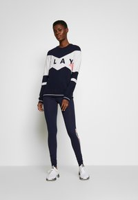 ONLY PLAY Tall - ONPFELICE CREWNECK - Mikina - maritime blue/white melange
