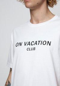 On Vacation - T-shirt imprimé - white - 4