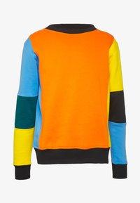 OOSC - CARLTON  - Felpa - orange/blue/green/black/yellow - 3