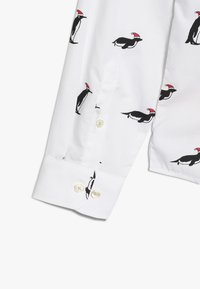 OppoSuits - TEENS CHRISTMAS PENGUINS  - Košile - white - 2