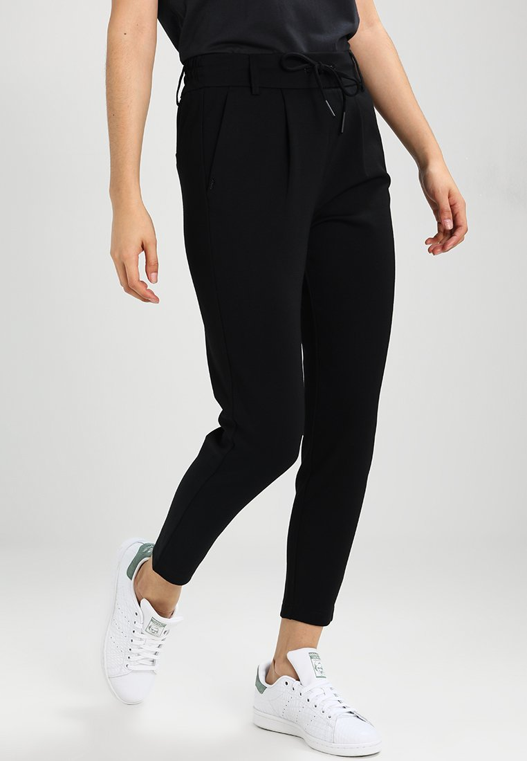 ONLY Petite - ONLPOPTRASH EASY COLOUR PANT - Jogginghose - black