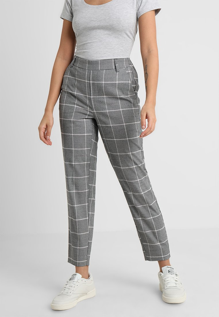 ONLY Petite - ONLCOOL CONTRAST CHECK ANKLE PANT  - Stoffhose - black