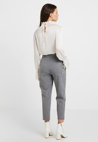 ONLY Petite - ONLNICOLE PANTS - Trousers - light grey - 2