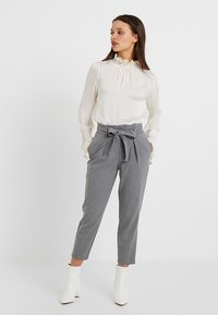 ONLY Petite - ONLNICOLE PANTS - Trousers - light grey