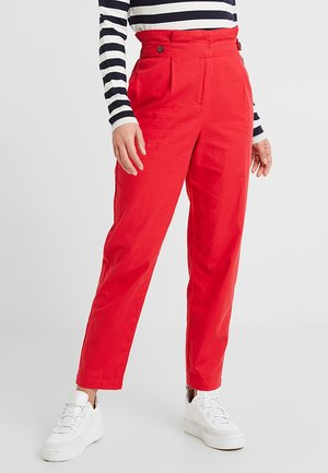 ONLRIGA PAPERBAG PANT - Trousers - mars red
