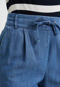 ONLY Petite - ONLPOPTRASH MIX - Kangashousut - medium blue denim - 5