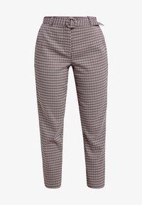 ONLY Petite - ONLISAK PANT - Pantalones - decadent chocolate - 4
