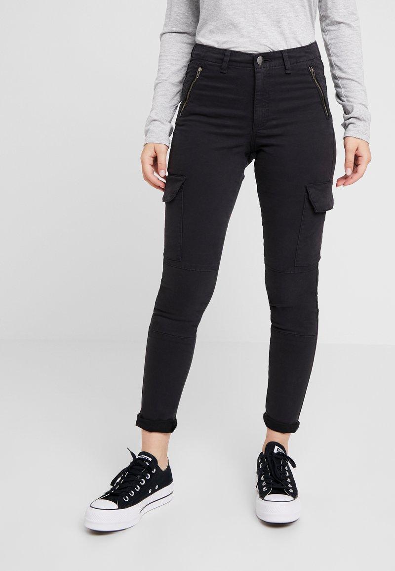ONLY Petite - ONLPURPOSE REG ANKLE - Pantalon classique - black