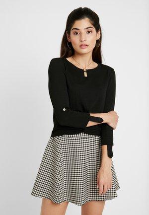 ONLTINNA - Pullover - black
