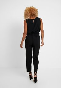 ONLY Petite - ONLALLY PANT - Pantalon classique - black - 3