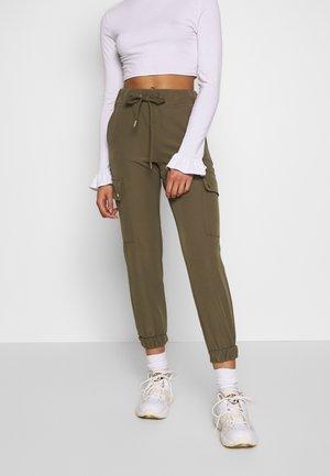 ONLGLOWING  CARGO PANTS - Trousers - kalamata