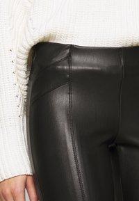 ONLY Petite - ONLTIA SUPERSTAR - Legging - black - 4