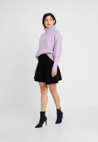ONLY Petite - ONLNEW DALLAS SKIRT - Áčková sukně - black - 1