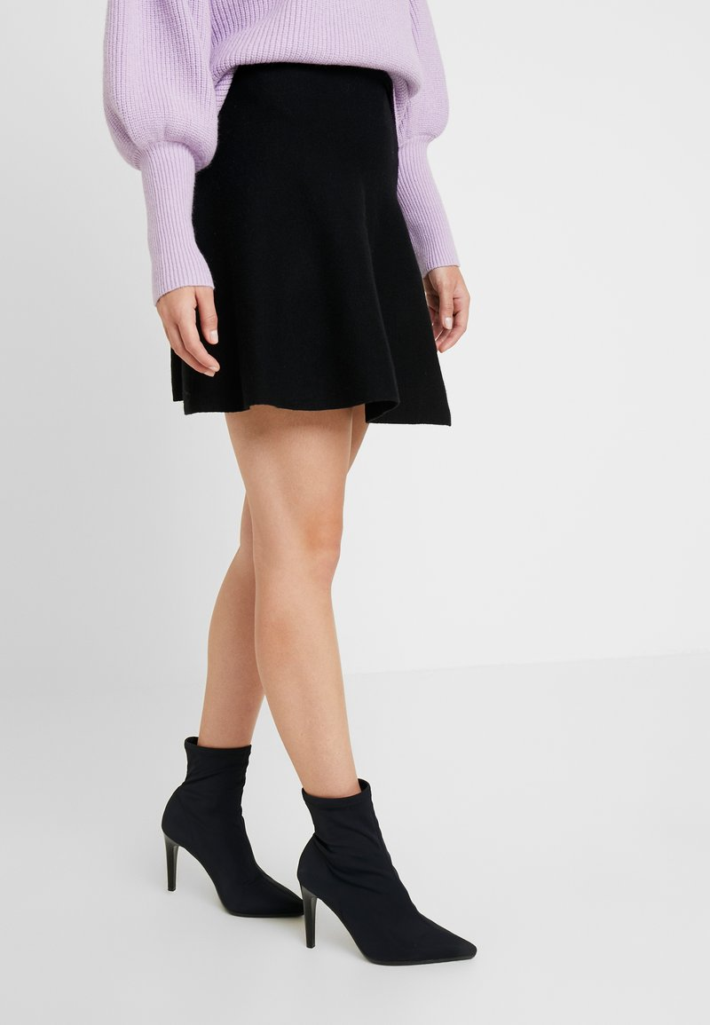 ONLY Petite - ONLNEW DALLAS SKIRT - A-linjainen hame - black
