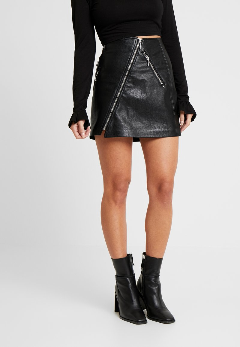 ONLY Petite - ONLNAEVE TILDA MINI SKIRT - A-Linien-Rock - black