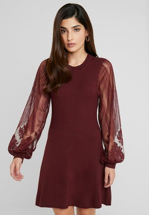 ONLLACEY DRESS - Robe pull - tawny port