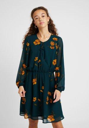 ONLFRANCIS DRESS - Vestito estivo - ponderosa pine/dandy garden