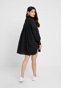 ONLY Petite - ONLMAJA HIGHNECK DRESS - Robe d'été - black - 3