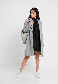 ONLY Petite - ONLMAJA HIGHNECK DRESS - Robe d'été - black - 2