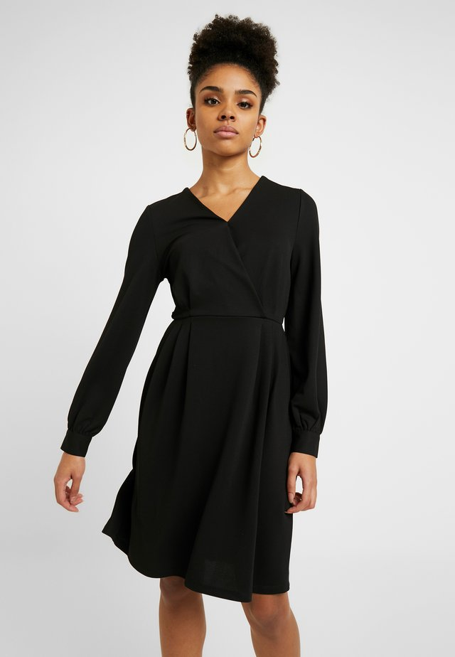 ONLMONNA DRESS - Jerseyjurk - black