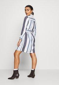 ONLY Petite - ONLANYA STRIPE DRESS - Blousejurk - cloud dancer/light blue/dark blue - 2