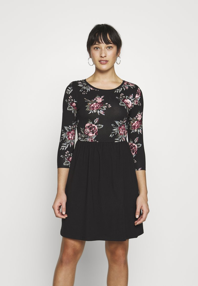 ONLY Petite - ONLAMBER AMY 3/4 DRESS PETITE - Vapaa-ajan mekko - black/rose