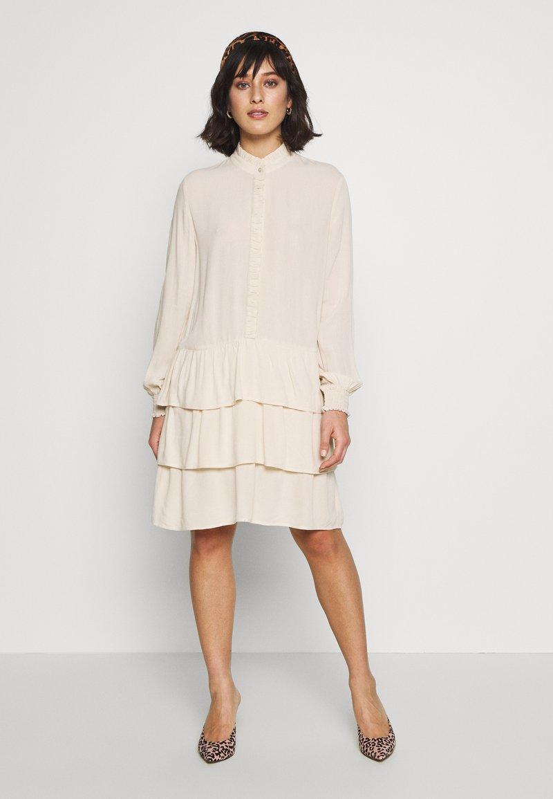 ONLY Petite - ONLTHEA DRESS - Kjole - pink tint