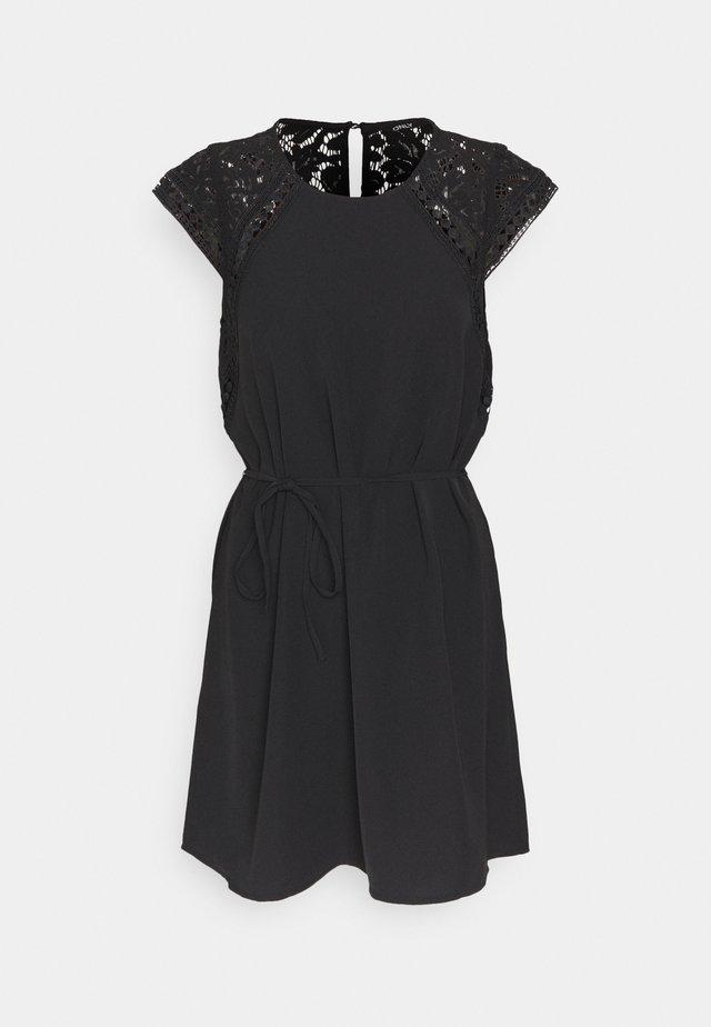 ONLFELICIA CAPSLEEVE DRESS - Sukienka letnia - black