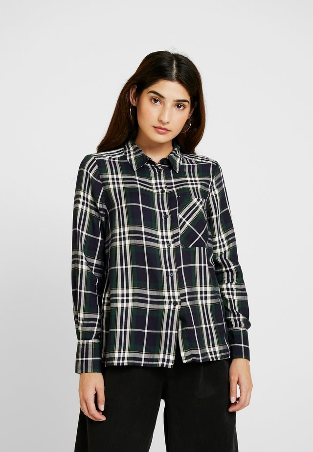 ONYNADIA CHECK - Button-down blouse - ponderosa pine/black