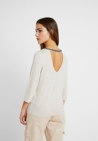 ONLY Petite - Blouse - pumice stone - 2