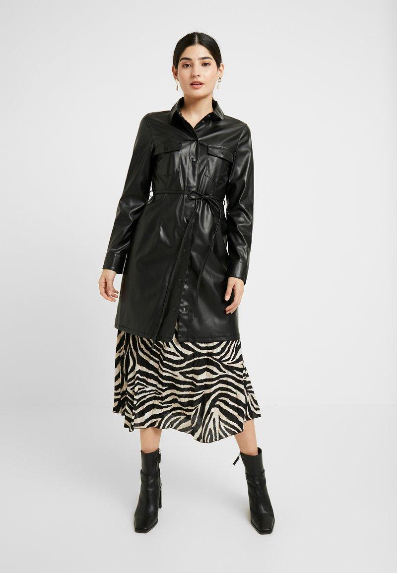 ONLY Petite - ONLISABELLA - Button-down blouse - black