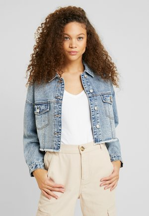 ONLBETTY CROP RAW EDGE  - Denim jacket - medium blue denim