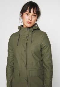 ONLY Petite - ONLTRAIN SHORT RAINCOAT - Parka - kalamata - 3