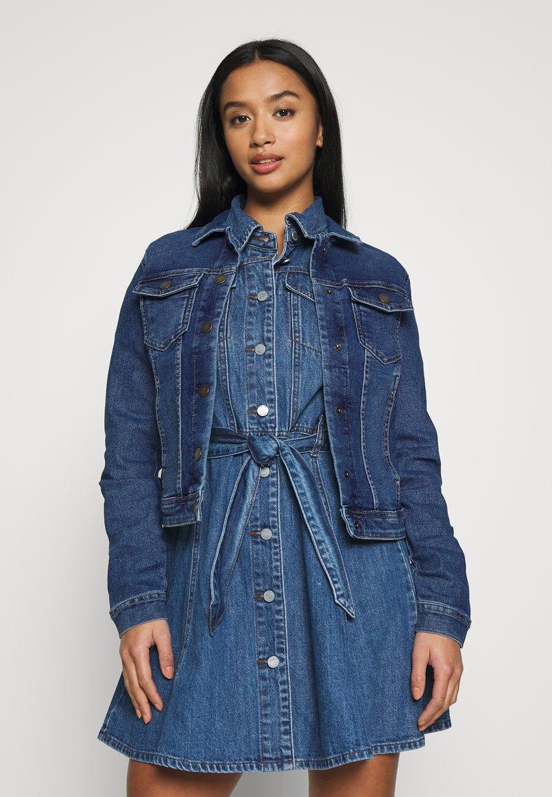 ONLY Petite - ONLWESTA - Giacca di jeans - dark blue denim