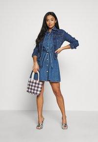 ONLY Petite - ONLWESTA - Giacca di jeans - dark blue denim - 1