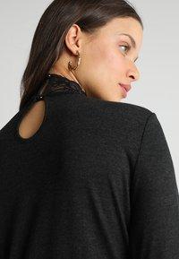 ONLY Petite - ONLWILMA MIX HIGHNECK  - Maglietta a manica lunga - dark grey melange - 4