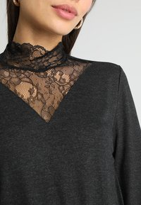 ONLY Petite - ONLWILMA MIX HIGHNECK  - Maglietta a manica lunga - dark grey melange - 6
