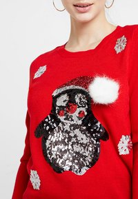 ONLY Petite - ONLX MAS PENGUIN - Jumper - goji berry - 4