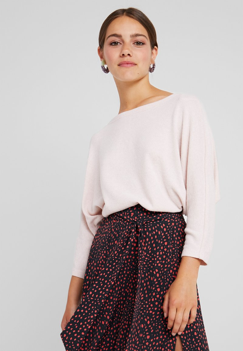 ONLY Petite - ONLNEW MAYE 3/4 BOX  - Strickpullover - misty rose/white melange