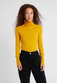 ONLY Petite - ONLVENICE ROLLNECK PULLOVER - Neule - golden yellow - 0