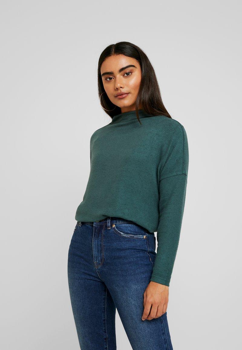ONLY Petite - ONLKLEO - Pullover - green gables/black melange