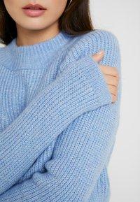 ONLY Petite - Kardigan - forever blue/white melange - 5