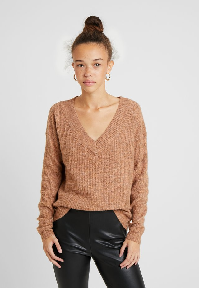 ONLMIRNA V NECK - Jumper - indian tan melange