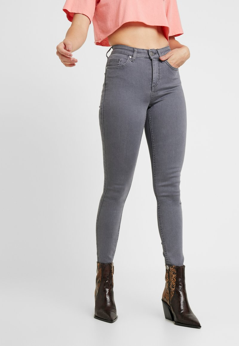 ONLY Petite - ONLDOOLEY  - Jeans Skinny - grey denim