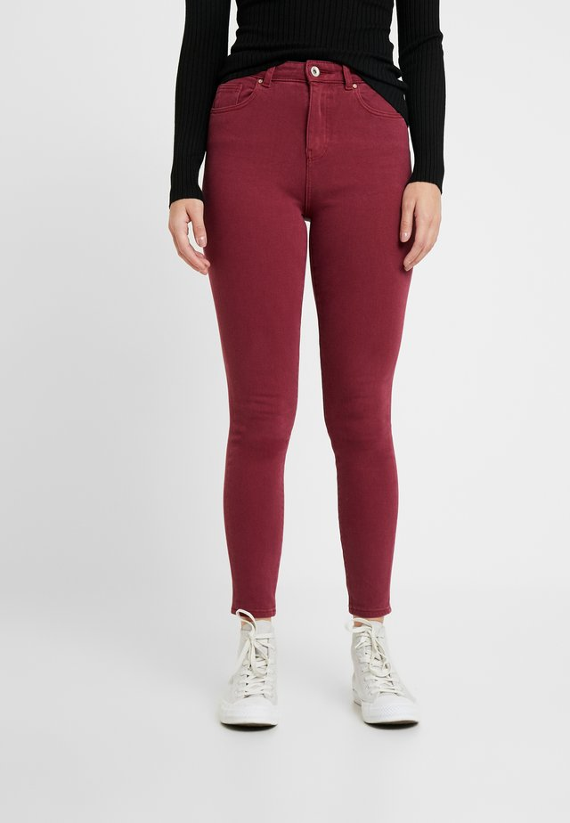 ONLFMILA LIFE - Jeans Skinny Fit - tawny port