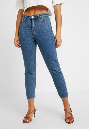 ONLEMILY RAW - Jeans a sigaretta - medium blue denim