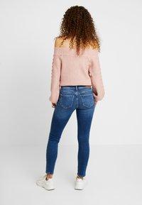 ONLY Petite - ONLCARMEN - Skinny džíny - medium blue denim - 2